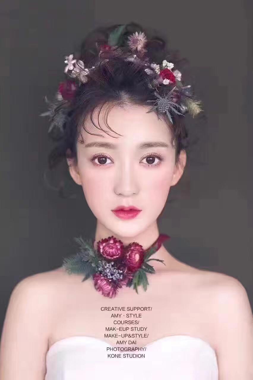 禅城想学半永久,化妆,美甲的黛墨专业培训学校