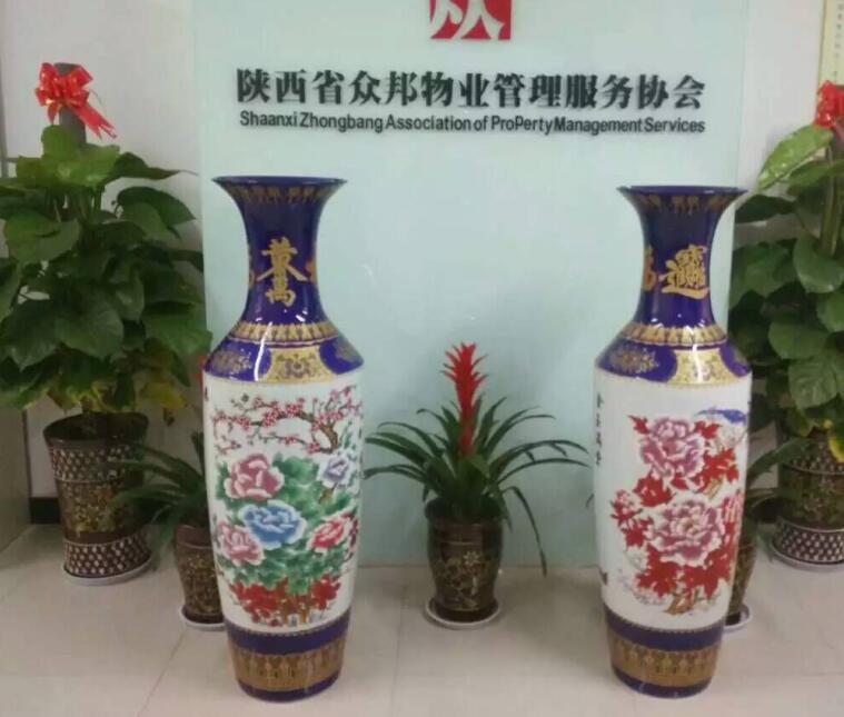 供应雕刻迎客松2017新款1.8米大花瓶摆件 居家小型花瓶摆设