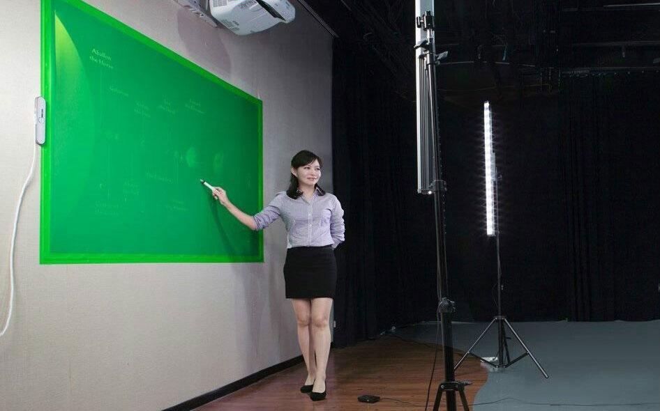 天创华视微课慕课系统 高清录播教室翻转课堂 4k慕课教室手写板书
