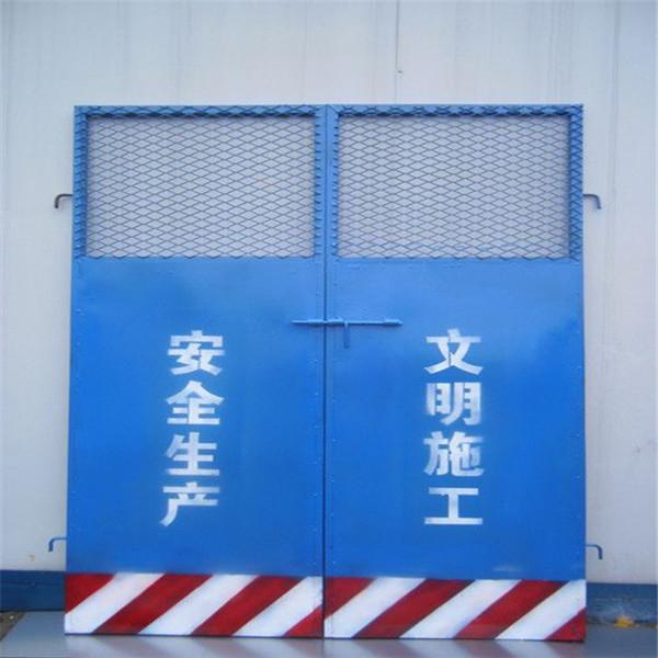 山西1.8米高建筑工地电梯安全门厂家直销
