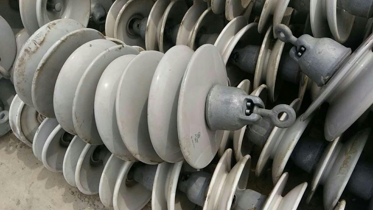 无锡回收瓷瓶厂家高价回收电力绝缘子拆旧瓷瓶