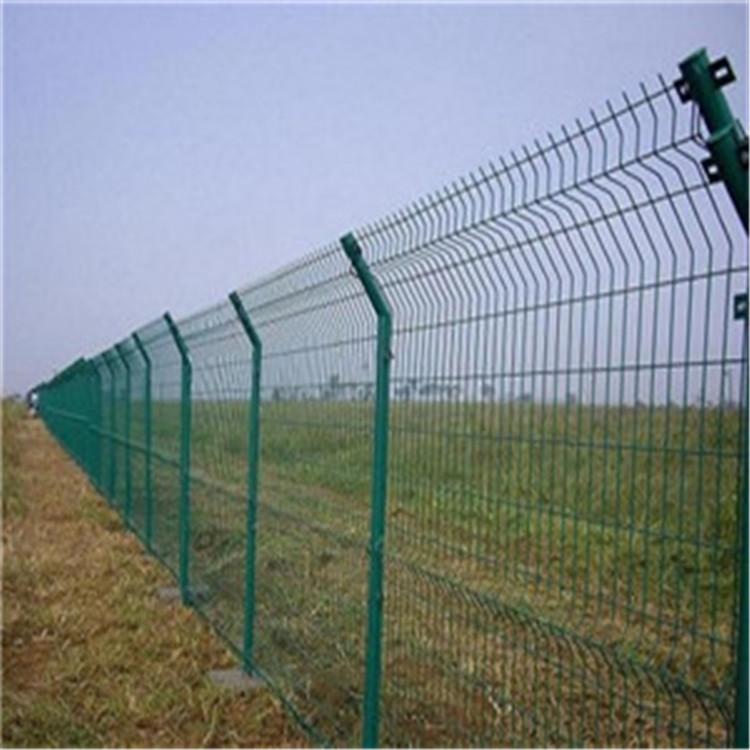 公路浸塑护栏网 围网1.8*3m围栏网低碳钢丝护栏网可定制