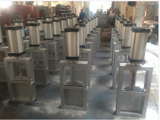 气动插板阀的壳体试验和密封试验介质为水(含防腐剂)