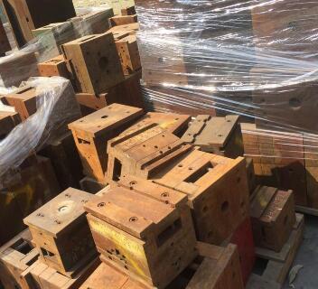 龙华回收二手模具石岩收购模具钢