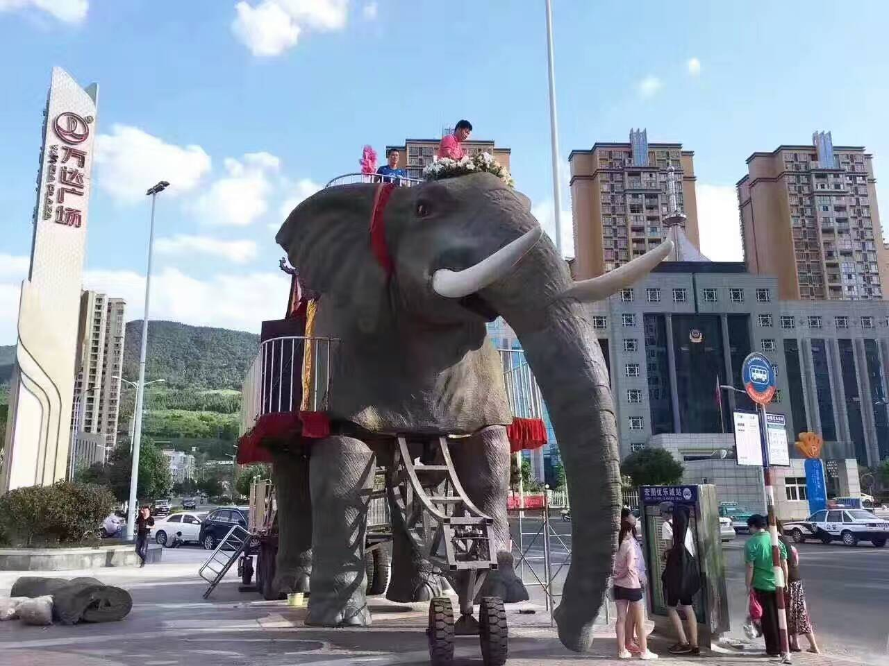 巡游暖场道具出租厂家伦敦机械大象出租机械象出租