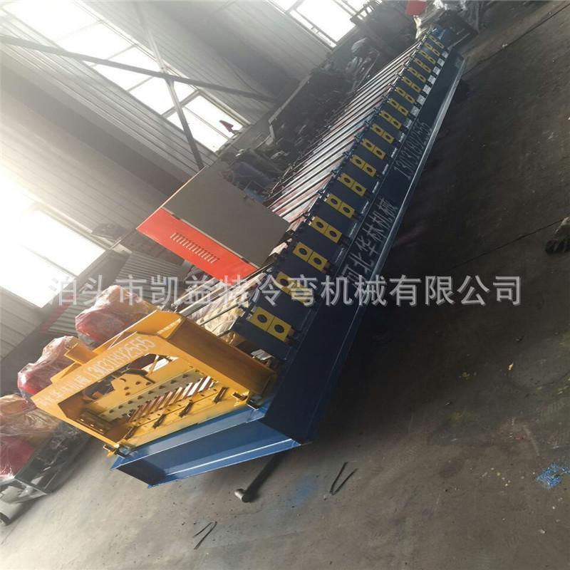 河南爆款卷闸门机械设备批量生产卷帘门机器