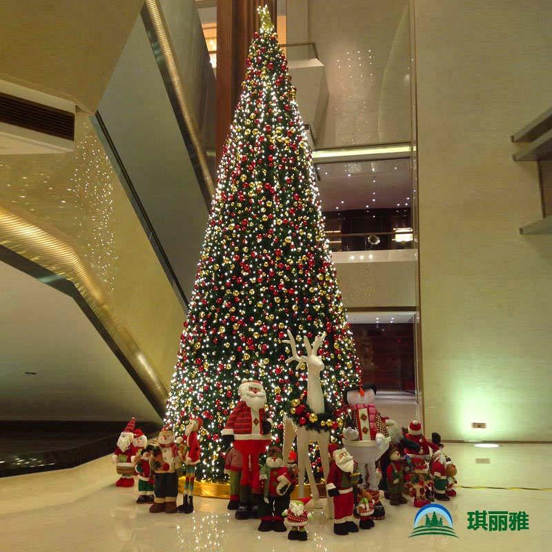 大型酒店圣诞树定制生产及安装深圳圣诞树厂家直销