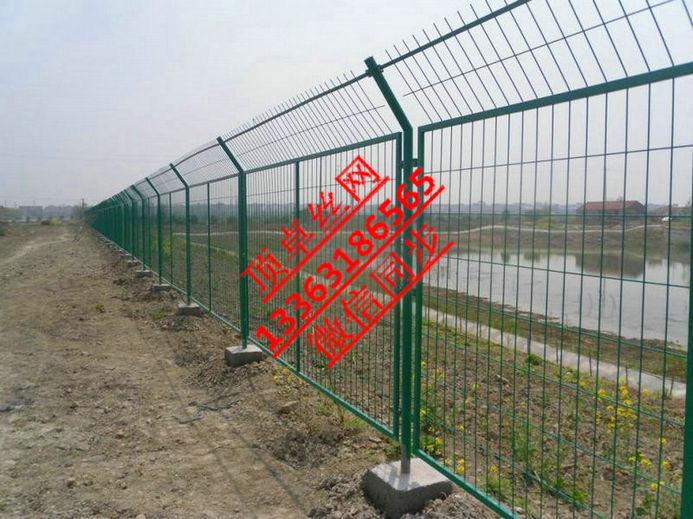 公路铁路护栏网 框架护栏网