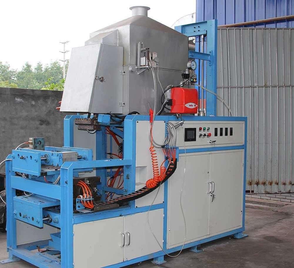 保定市群利机械设备制造蓄电池生产设备