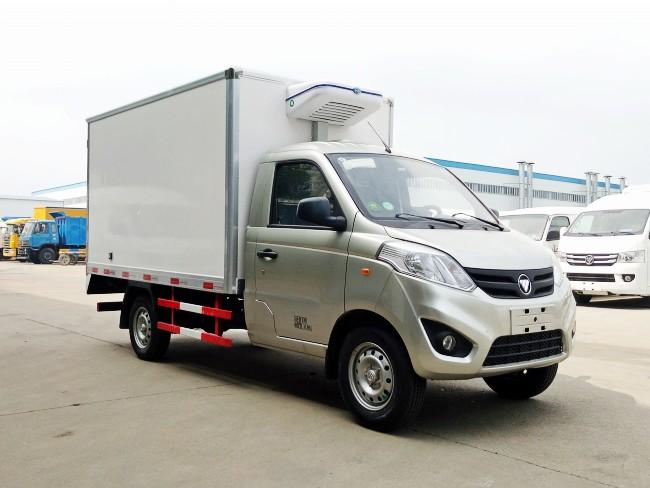 福田伽途1吨小型汽油冷藏车