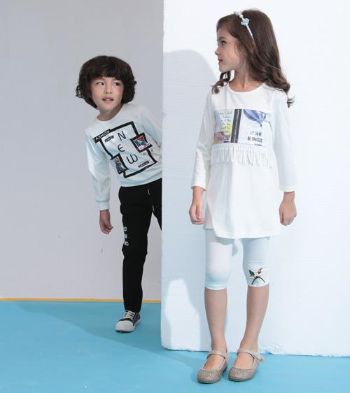 小马嘟嘟童装 追求产品的时尚性