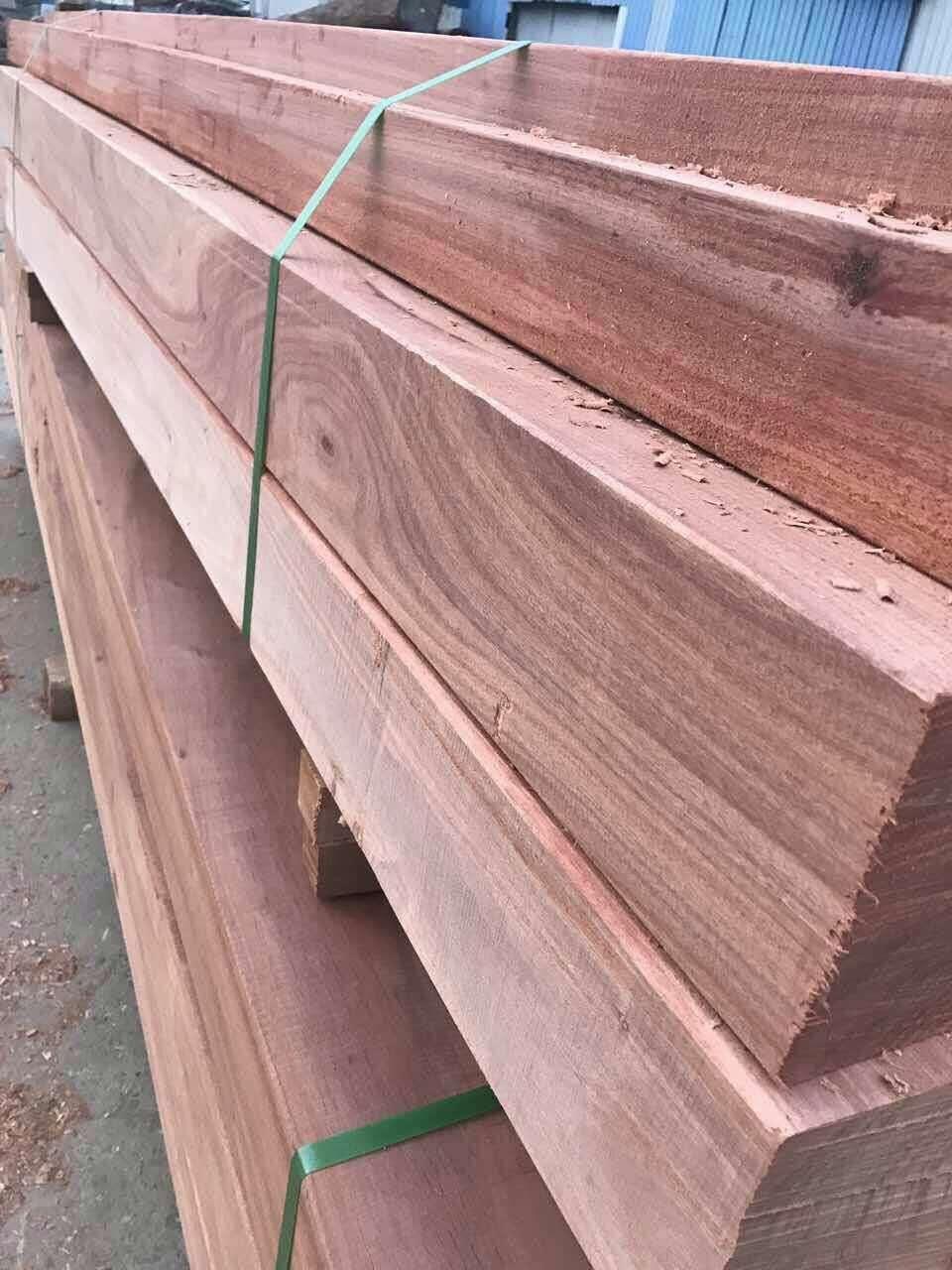 巴劳木板材多少钱一立方 巴劳木优缺点
