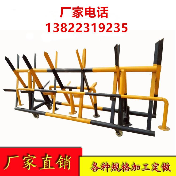 厂家直销安检活动拒马带刺拒马移动铁马护栏安全设施拒马护栏