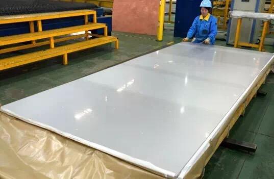 厂家供应:5052铝板 5052拉丝铝板 5052镜面铝板 规格齐全 可切割