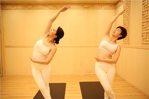 福建产后瑜伽哪家好 福建好的产后瑜伽 御瑜伽道供