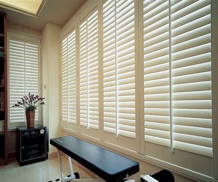 上海长宁区家用布艺窗帘定做窗帘维修窗帘罗马杆脱落维修
