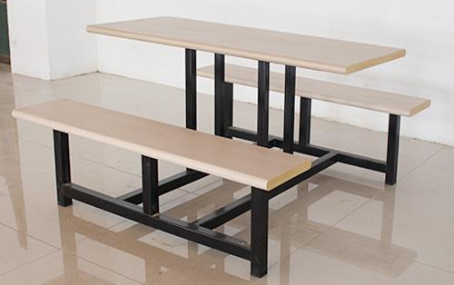 钢木餐桌椅批发