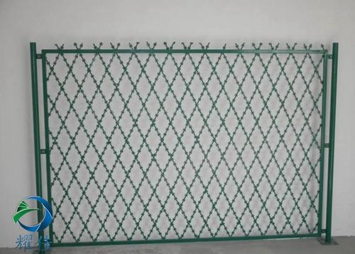 刀片刺绳防护网安装便利、经济实用、防腐-耀佳