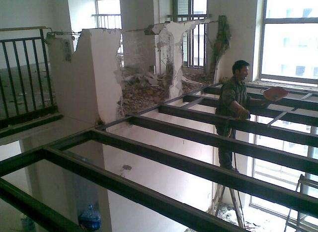 承揽钢结构工程,钢结构厂房,钢结构二层阁楼制作