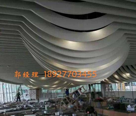 氟碳弧形铝方通|弧形铝方通吊顶|佛山弧形方通价格