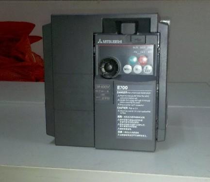江苏正品代理日本三菱变频器FR-F840-00170-2-60