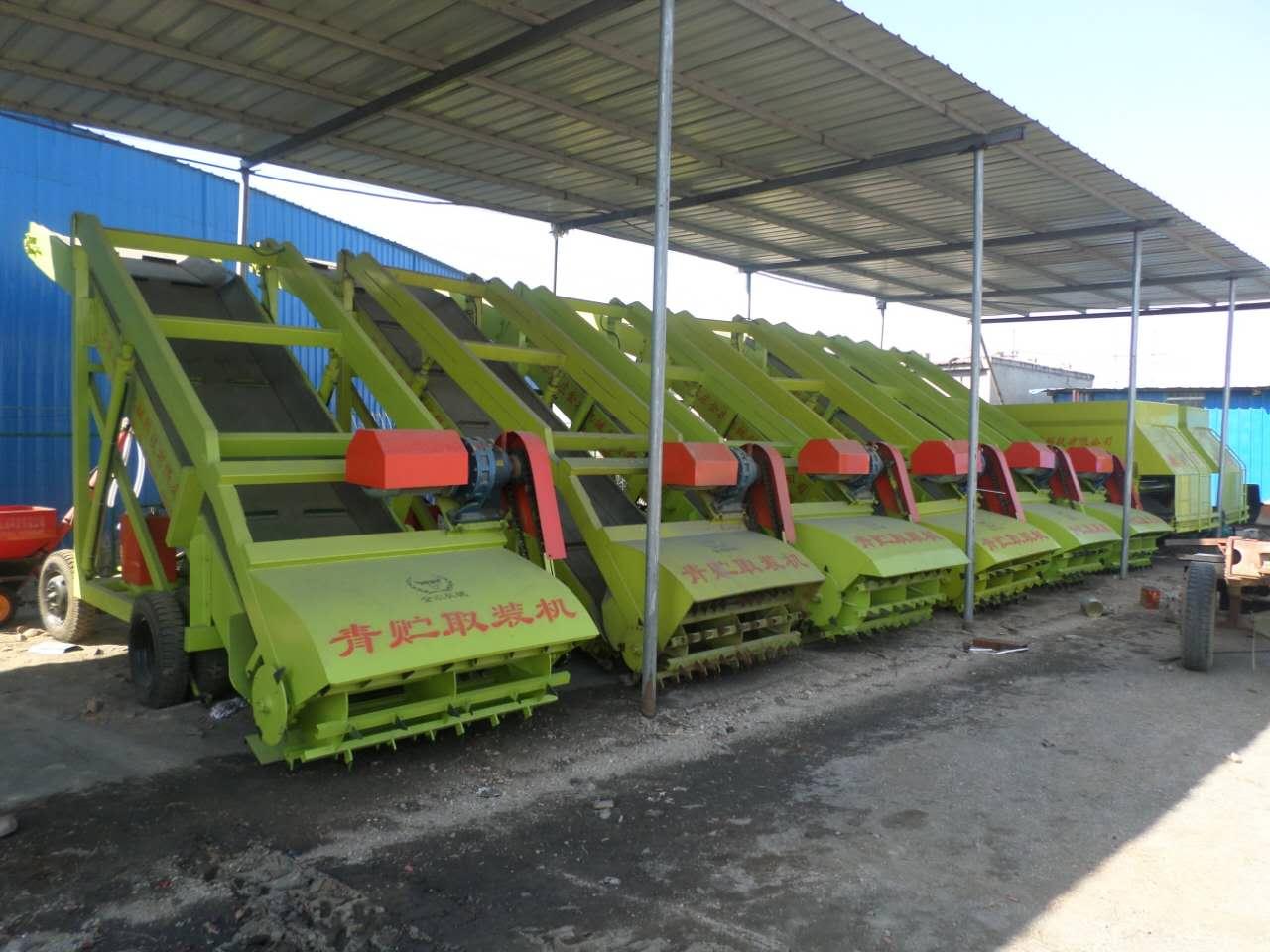 石家庄金农机械厂家直销自走式青贮取料机,青贮刨草机