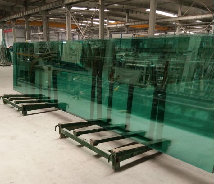 郑州超大10mm绿色钢化玻璃