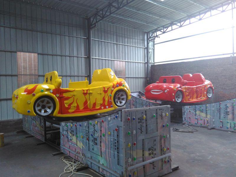 雙鴨山創藝品牌供應公園360度驚險刺激旋轉彎月飛車游