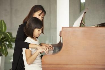 悦动美悦:爸爸妈妈怎样做好孩子的钢琴陪练