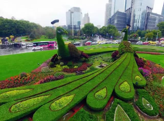 景觀綠雕出售 草雕造型定制 仿真草植出售廠家
