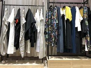 品牌女装折扣店货源-娅尼蒂斯巴丽景-专柜正品-哪里有
