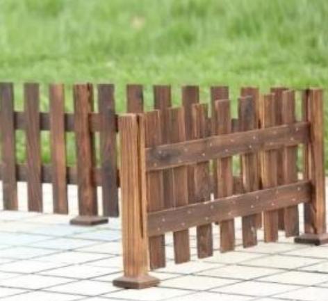 供应甘肃定西防腐木栅栏或兰州防腐木围栏厂家