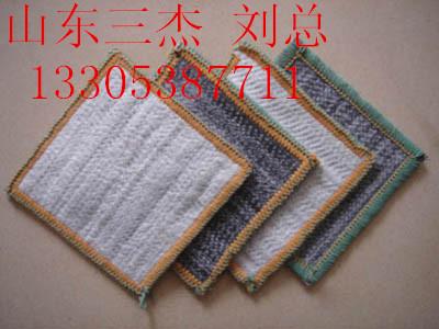 《徐州膨润土防水毯厂家/价格/每平多少钱》