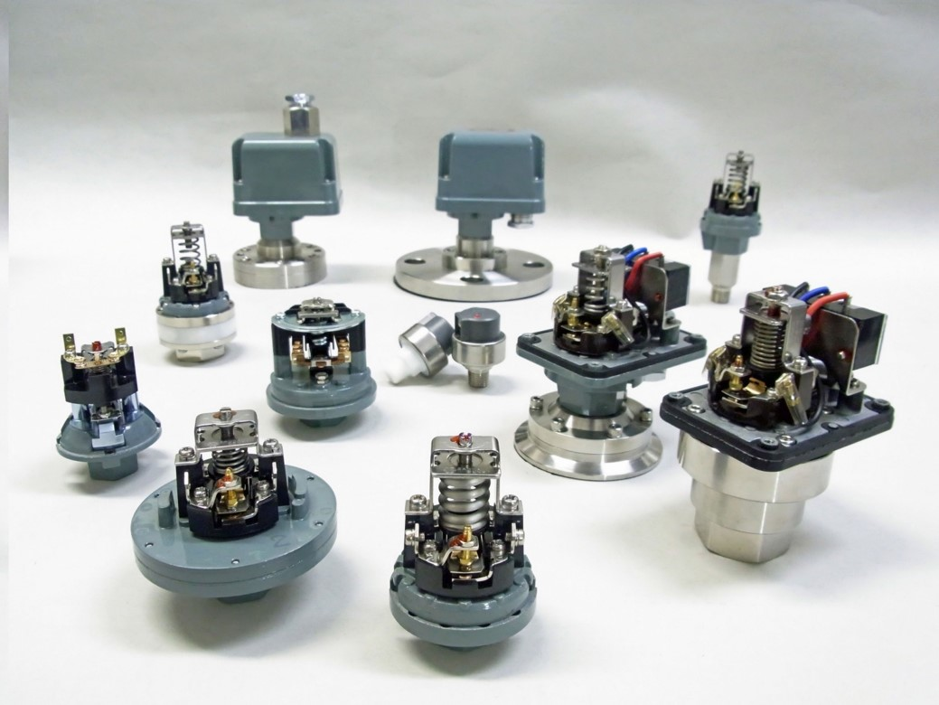 日本sanwa denki三和电机制作所高真空压力开关