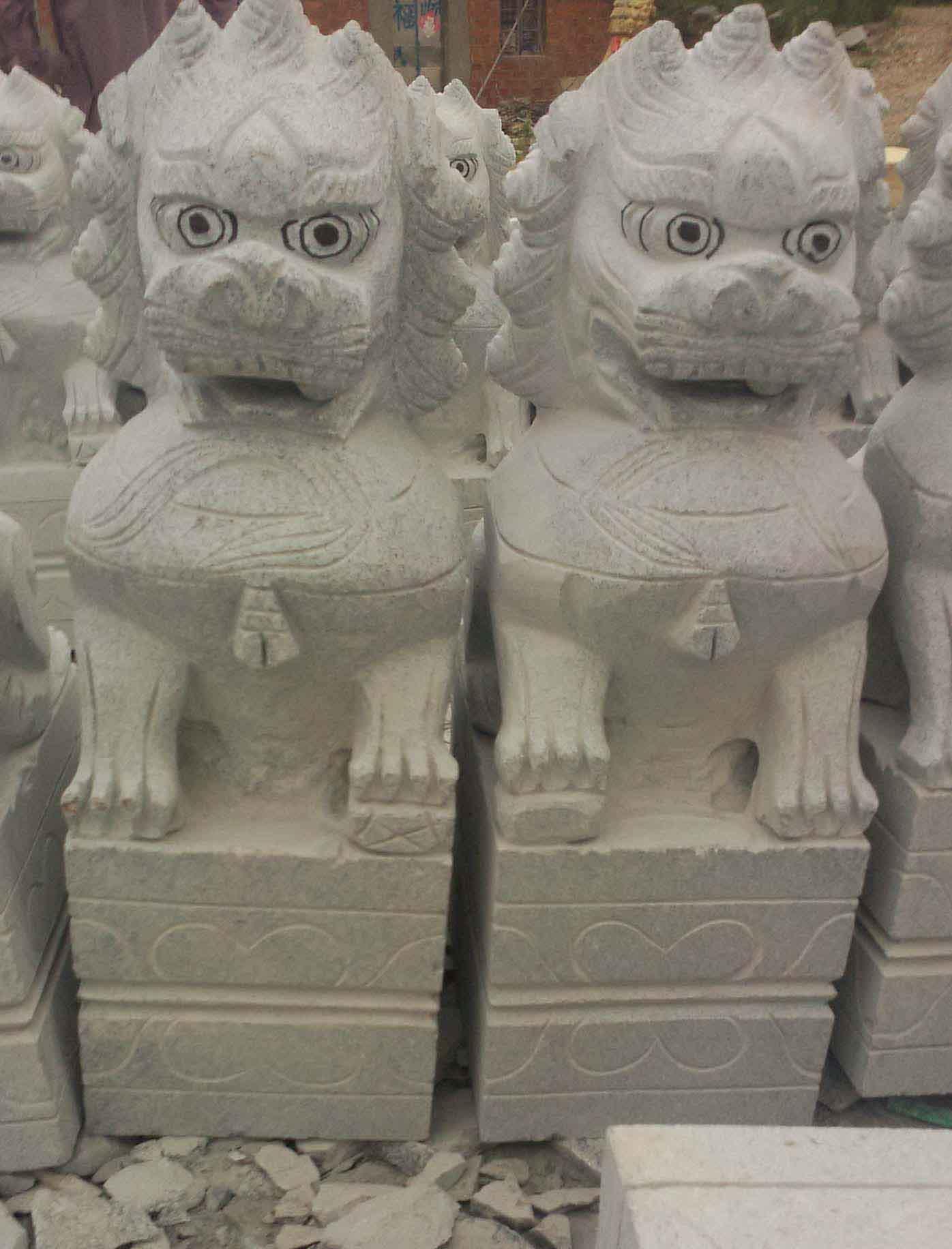 石狮子价格 石雕麒麟 江西湖北花岗岩石狮子厂家