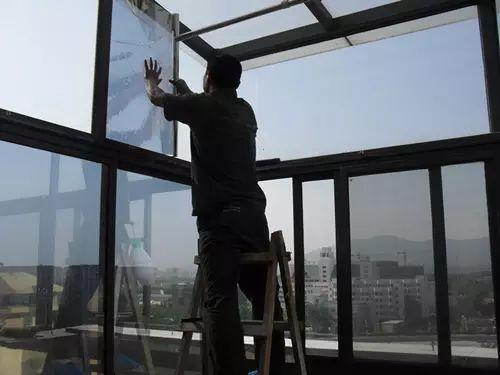 武汉玻璃贴膜,武汉玻璃防晒膜,武汉玻璃隔热膜,武汉玻璃防爆膜选武卓玻璃贴膜公司
