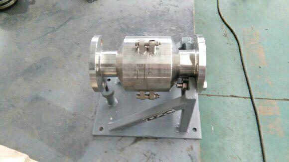 lng软管型低温拉断阀(紧急脱离装置)图片