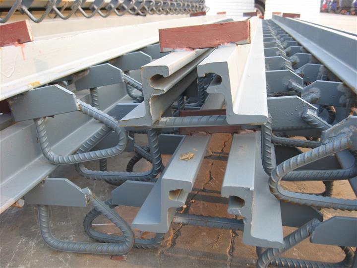 伊春GQF-E80型桥梁伸缩缝质量可靠、买着放心