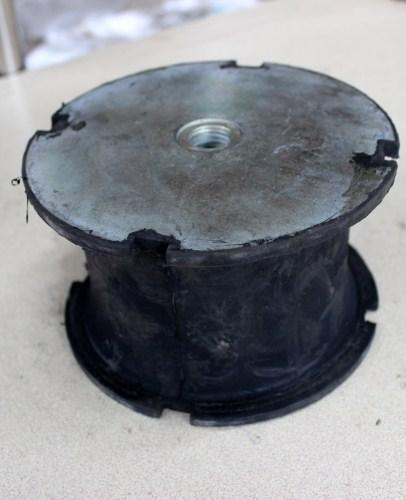 徐州戴纳派克CA302压路机减震块最优秀厂家